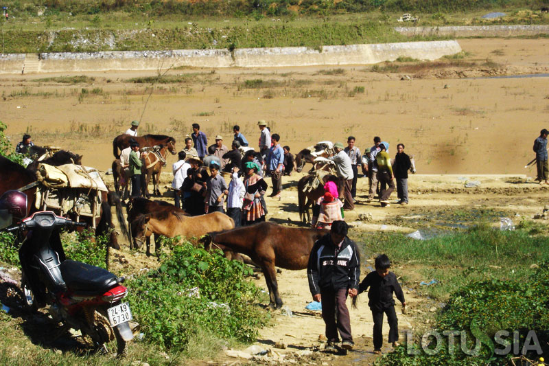 6 Day Off The Beaten Track Bac Ha Vietnam Trekking
