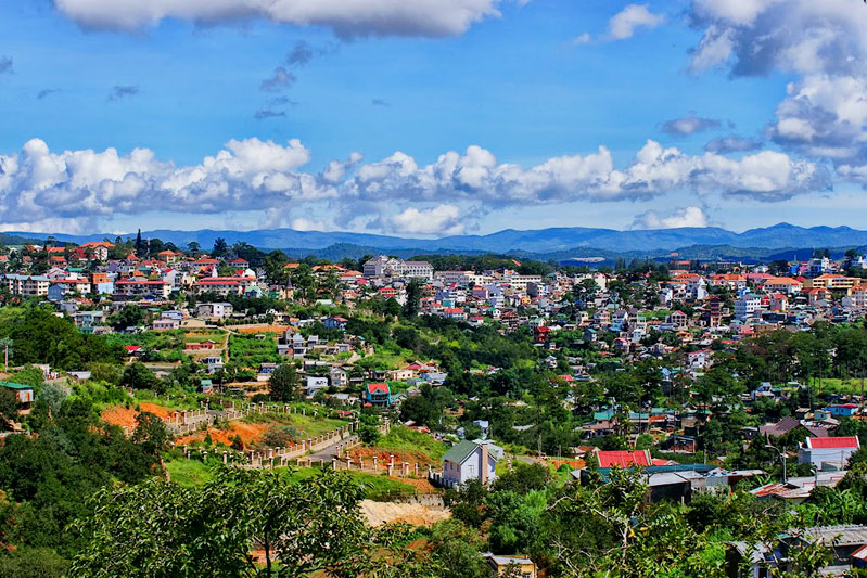 Dalat Trekking and Camping Tour