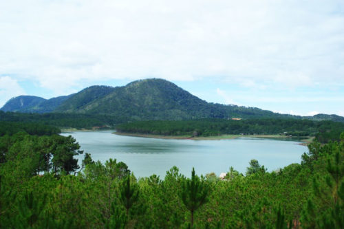 Dalat Hike and Kayak Tour
