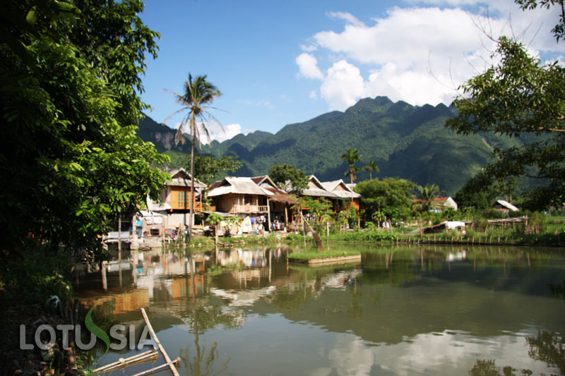 4 Day Mai Chau Trekking Tour from Hanoi