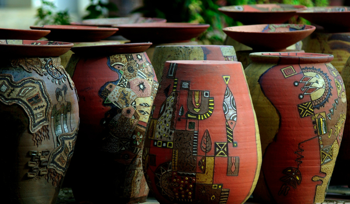ngoi pottery village