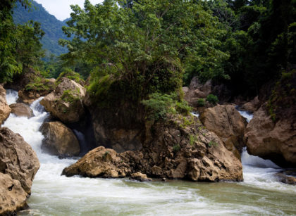 Dau Dang Waterfall Ba Be Bac Kan